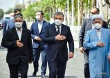 Шавкат Мирзиёев отметил заслуги Карима Камалова