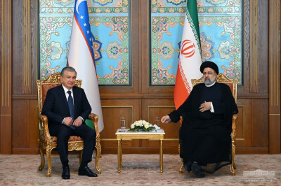 The President of Uzbekistan discusses ways to enhance practical cooperation with the President of Iran