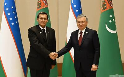 Президент Узбекистана принял министра иностранных дел Туркменистана