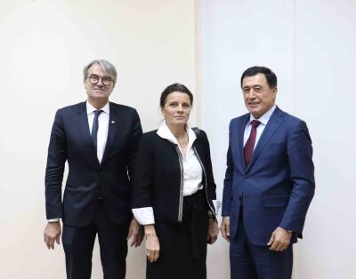 SMTI direktorining Fransiya deputati bilan uchrashuvi