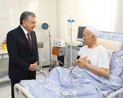 Шавкат Мирзиёев проведал Героя Узбекистана