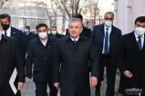 Президент посетил махалли и пообщался с жителями Чирчика
