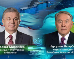 The President of Uzbekistan holds a phone talk with the First President of Kazakhstan