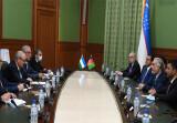 Министр иностранных дел Узбекистана встречается с главой Высшего совета национального примирения Афганистана