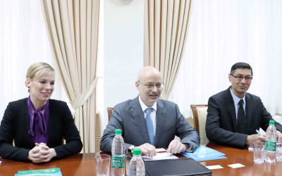 The ISRS hold a meeting with the diplomats of the USA