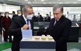 Prezident Toshkent shahrida yangi ochilgan zargarlik buyumlari ishlab chiqarish korxonasiga bordi