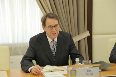 Тим Торлот: Перемены не дадутся легко, но Узбекистан на верном пути