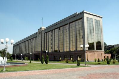 RAEX-Europe подтвердило рейтинг суверенного правительства Узбекистана на уровне «BВ-»