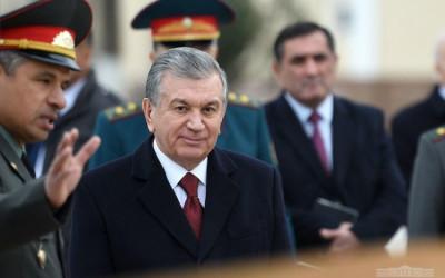 Президент посетил Академию Вооруженных Сил