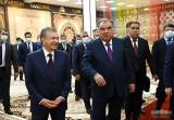 Президенты посетили ковровую фабрику в Кайраккуме