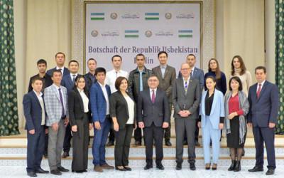 Молодых ученых Узбекистана принял посол Узбекистана в Германии
