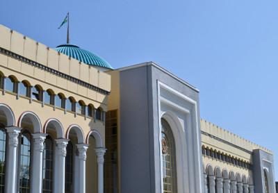 Абдулазиз Камилов провел телефонный разговор с главой МИД Афганистана