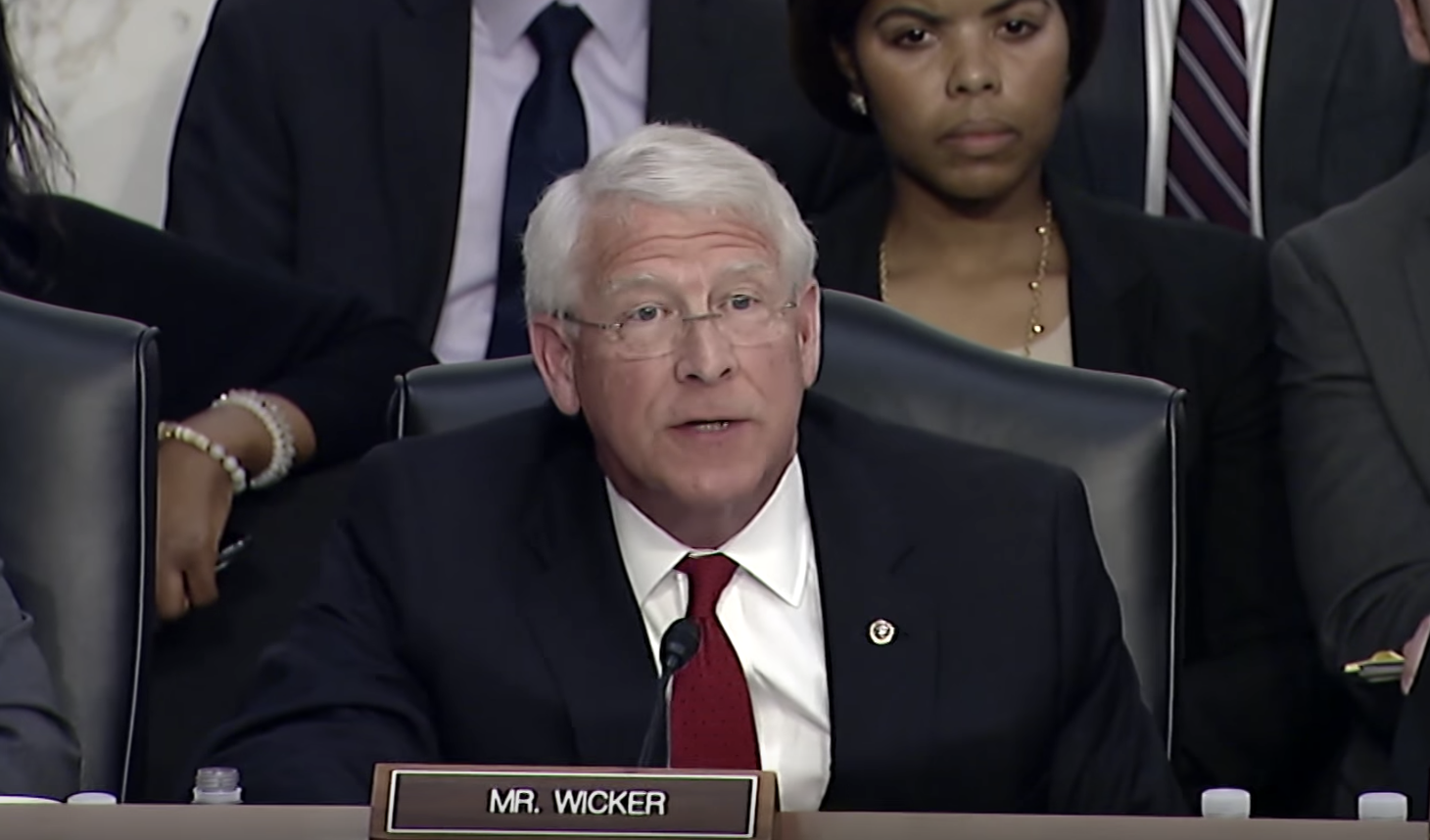 Senator Roger Wicker questions Facebook CEO during congressional hearing -  News Mississippi